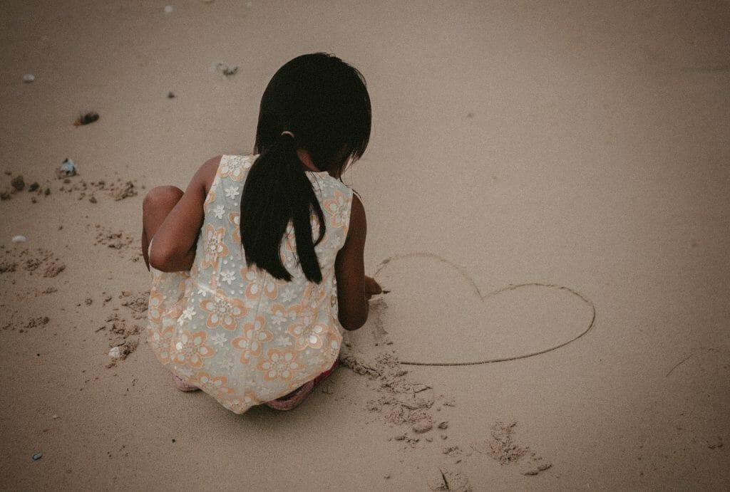 Hry s pískem kreslení
