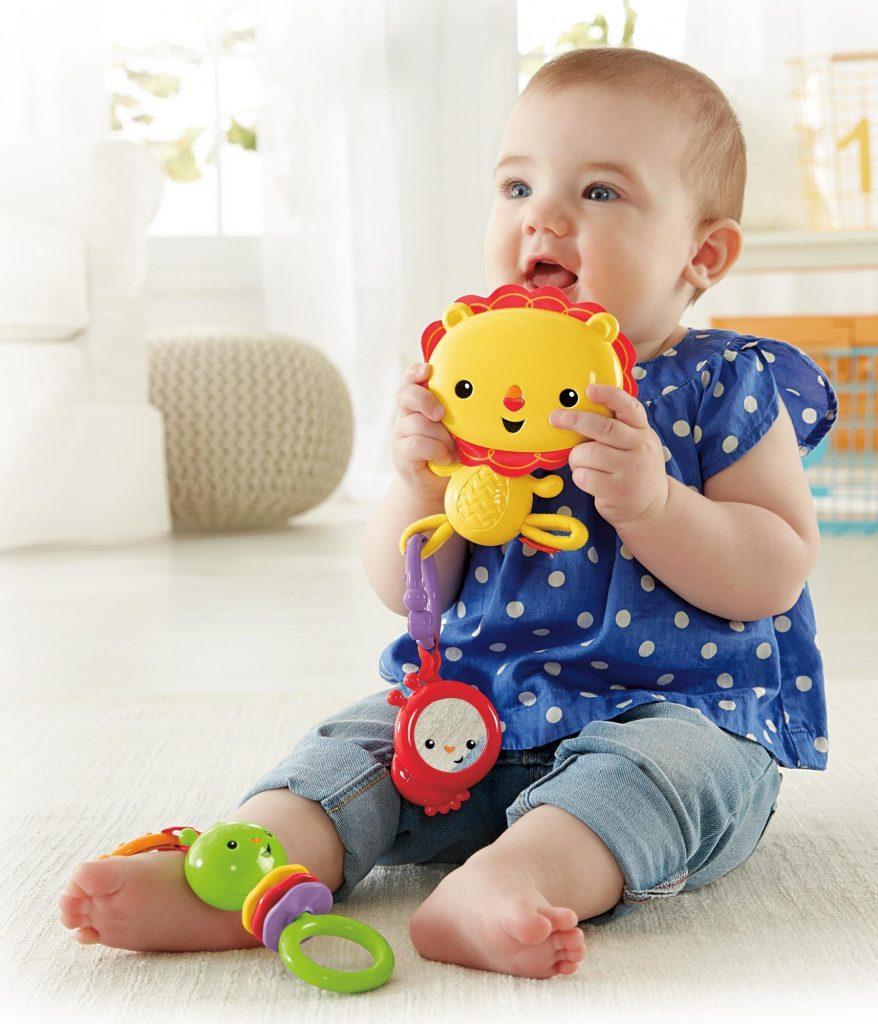 Plastové hračky pro miminka