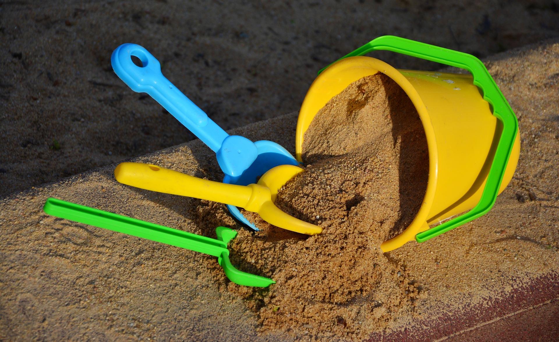 Bezpečné hračky do písku