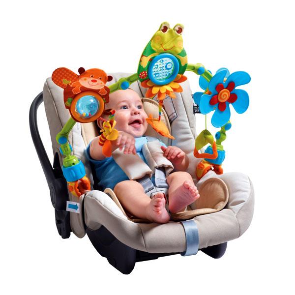 Hračky pro miminka do auta