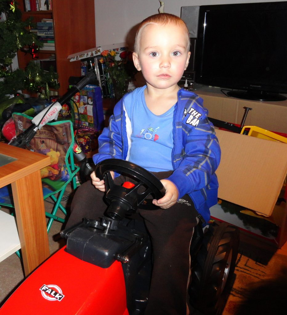 Dětský traktor na slapání