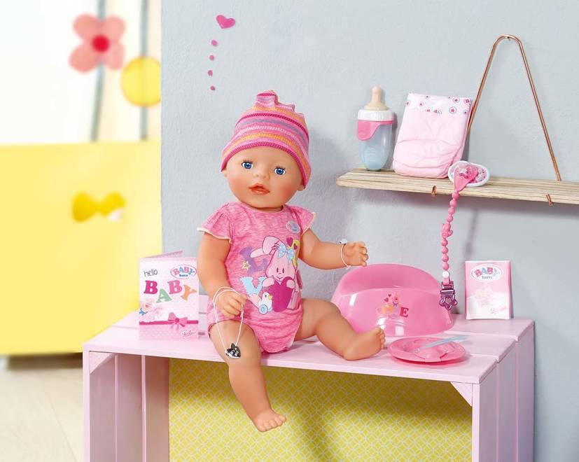 Interaktivní panenka Baby Born holčička
