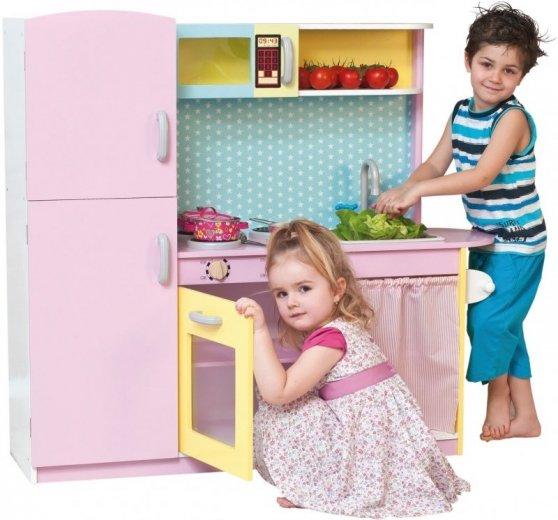 Dřevěná dětská kuchyňka na hraní