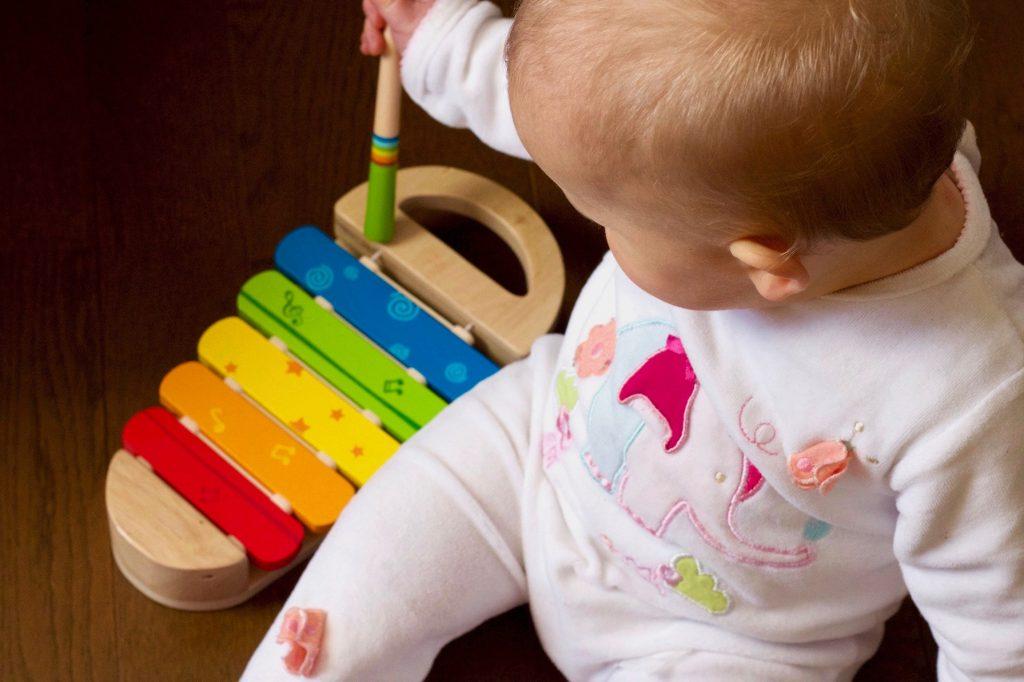 Hračky pr rozvoj jemné motoriky xylofon