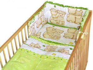 Co koupit pro novorozence do postýlky