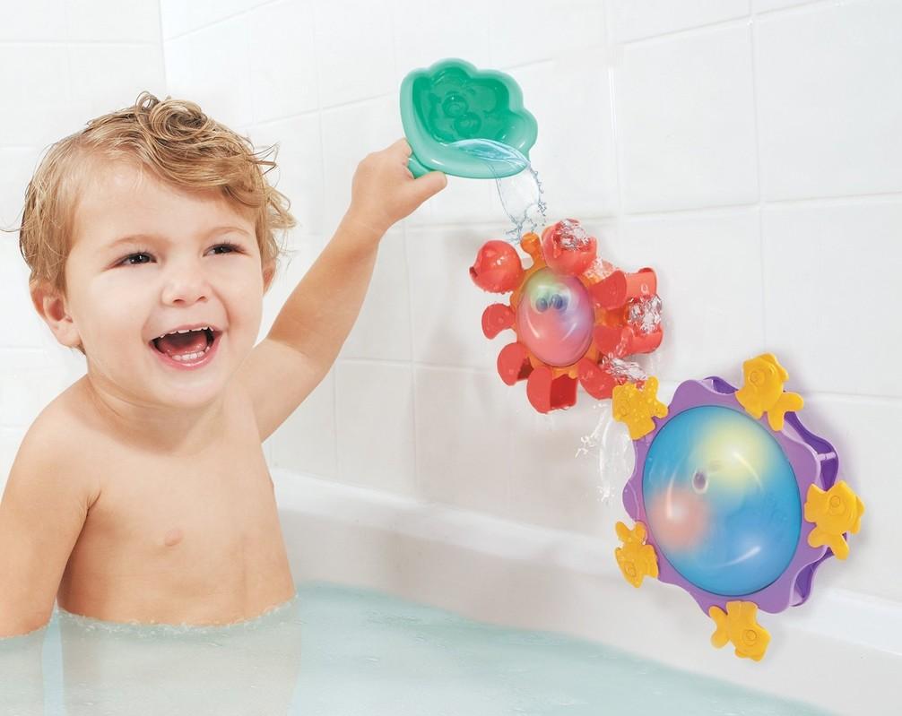 Hračky pro děti do jednoho roku do vany