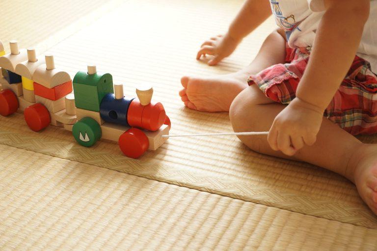 Tipy na kvalitní dárek pro dítě od 1 roku
