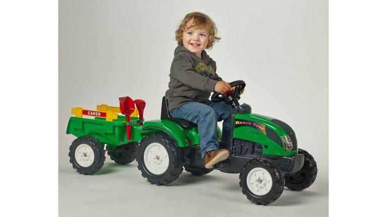 Vánoční dárek pro kluka šlapací traktor